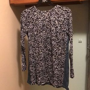 Blouse with buttons on back